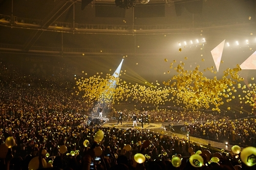 "South Korean boy band Sechs Kies performs in a comeback concert entitled ""Yellow Note"" held in southeastern Seoul on Sept. 10, 2016. This photo was provided by the YG Entertainment."
