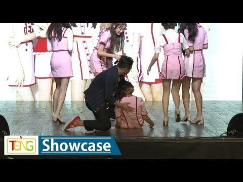 Sha Sha's Chinese member collapses during media showcase - 2