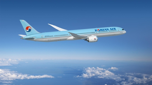 (LEAD) Korean Air agrees to buy 30 B787 passenger jets