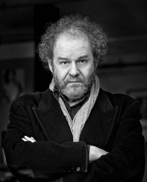 This photo provided by the Busan International Film Festival shows British Director Mike Figgis, the head juror of the 24th edition's New Currents competition section. (PHOTO NOT FOR SALE) (Yonhap)