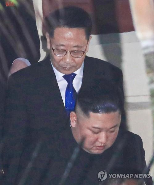 (3rd LD) N.K. top nuke envoy leaves for Stockholm for talks with U.S.