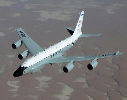 This image, captured from the website of the U.S. Air Force, shows a RC-135W Rivet Joint reconnaissance plane. (PHOTO NOT FOR SALE) (Yonhap)