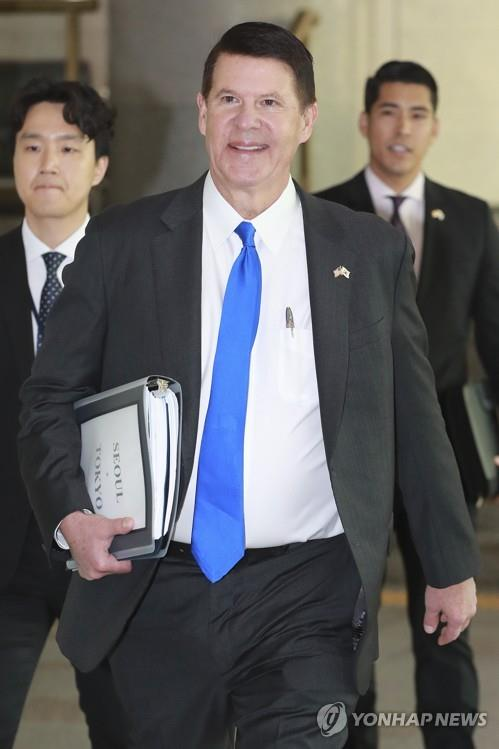 Keith Krach, U.S. under secretary of state for economic growth, energy security and the environment, arrives at the foreign ministry in Seoul on Nov. 6, 2019, to pay a courtesy call on South Korean Foreign Minister Kang Kyung-wha. (Yonhap)