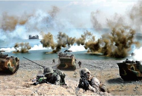 This file photo provided by the defense ministry on Feb. 9, 2021, shows the South Korean and the U.S. marine corps' joint landing exercise held in April 2020. (PHOTO NOT FOR SALE) (Yonhap)