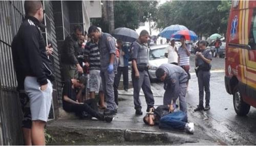 상파울루 시 외곽에서 축구 팬들이 난동을 일으켜 최소한 14명이 부상했다. [브라질 뉴스포털 1]