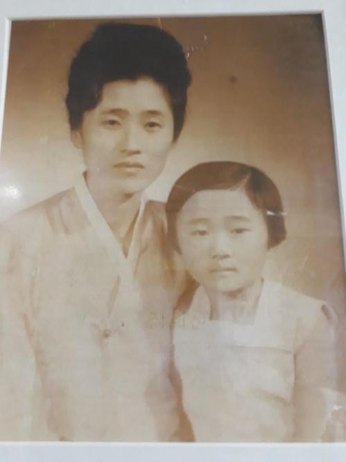 장희선씨 모친(김태순)과 여동생(장희자)