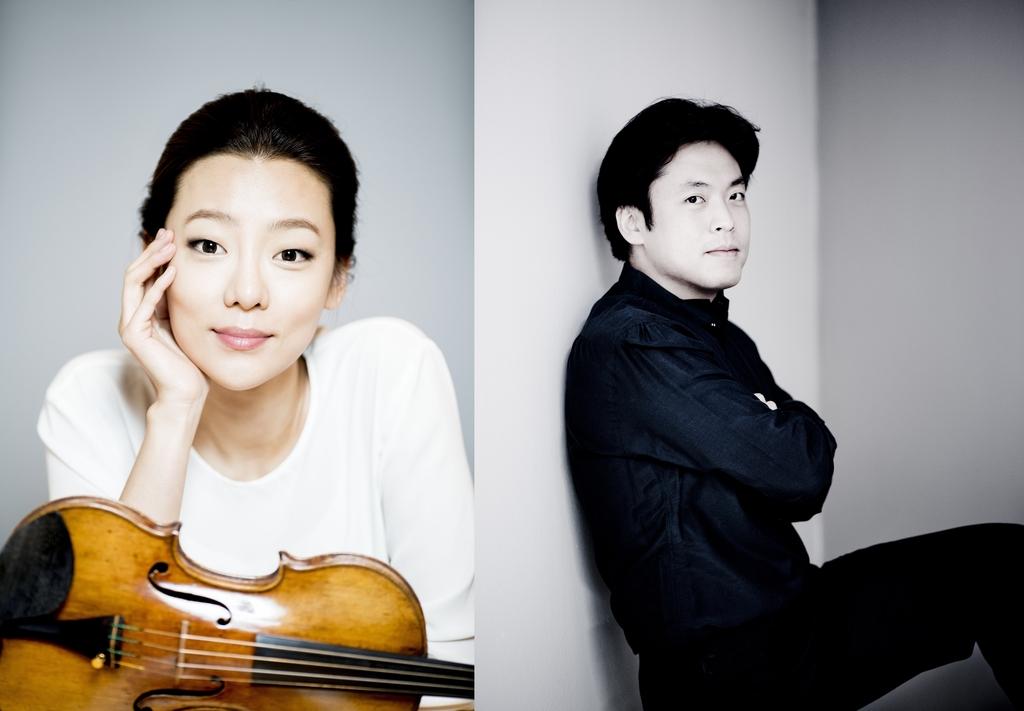 바이올리니스트 클라라 주미 강(왼쪽)과 피아니스트 김선욱