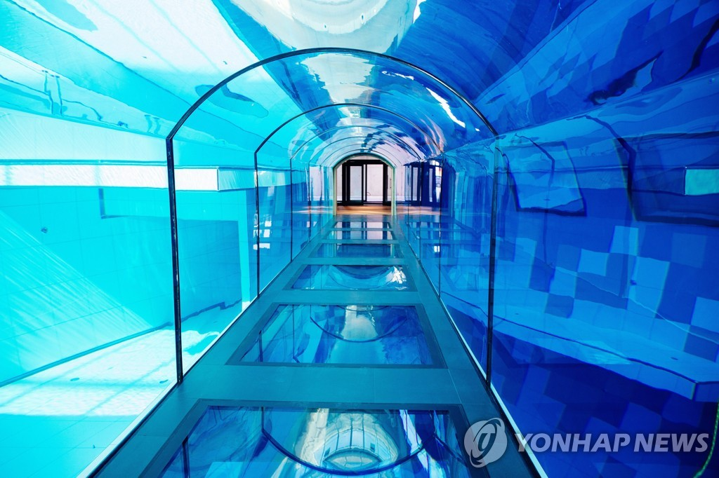 POLAND DEEPSPOT DEEPEST DIVING POOL IN THE WORLD