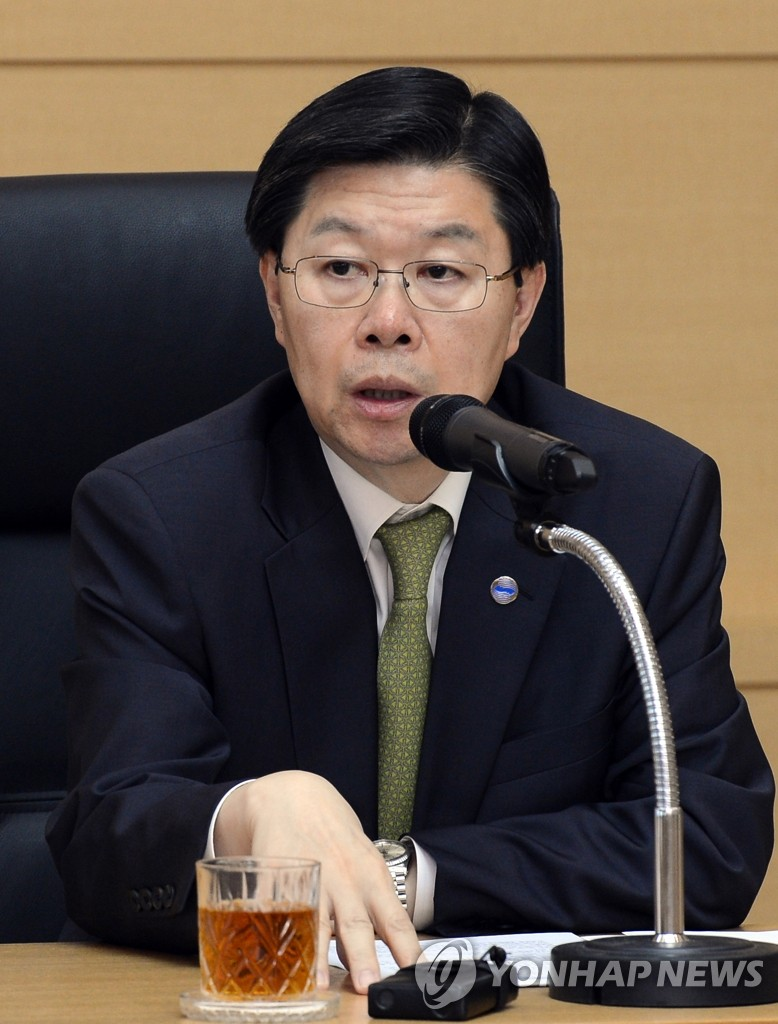 KBS chief denies alleged contact with Cheongwadae