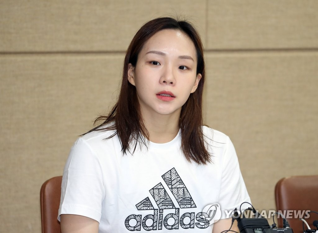 In this file photo from May 21, 2019, South Korean swimmer Kim Seo-yeong speaks at a press conference after the national team trials at Gimcheon Indoor Swimming Pool in Gimcheon, 230 kilometers south of Seoul. (Yonhap)