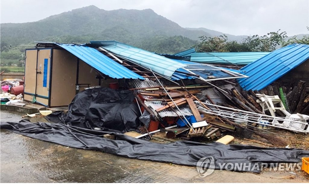 This photo provided by the provincial office of North Jeolla Province shows a farm warehouse damaged by Typhoon Tapah on Sept. 22, 2019. (PHOTO NOT FOR SALE)(Yonhap)