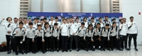 (LEAD) S. Korean men's football team embarks on journey to N. Korea for World Cup qualifier