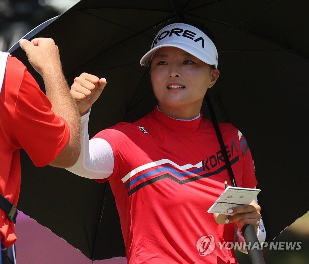 [올림픽] 고진영, 3언더파로 선두권