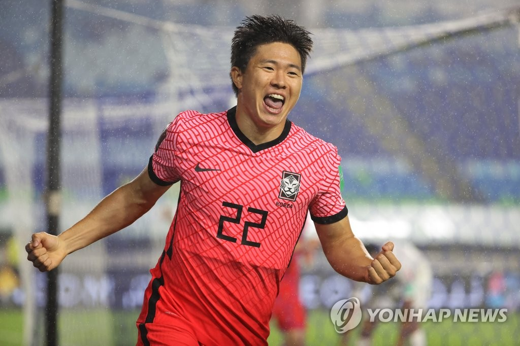 Kwon Chang-hoon of South Korea celebrates his goal against Lebanon during the teams' Group A match in the final Asian qualifying round for the 2022 FIFA World Cup at Suwon World Cup Stadium in Suwon, Gyeonggi Province, on Sept. 7, 2021. (Yonhap)